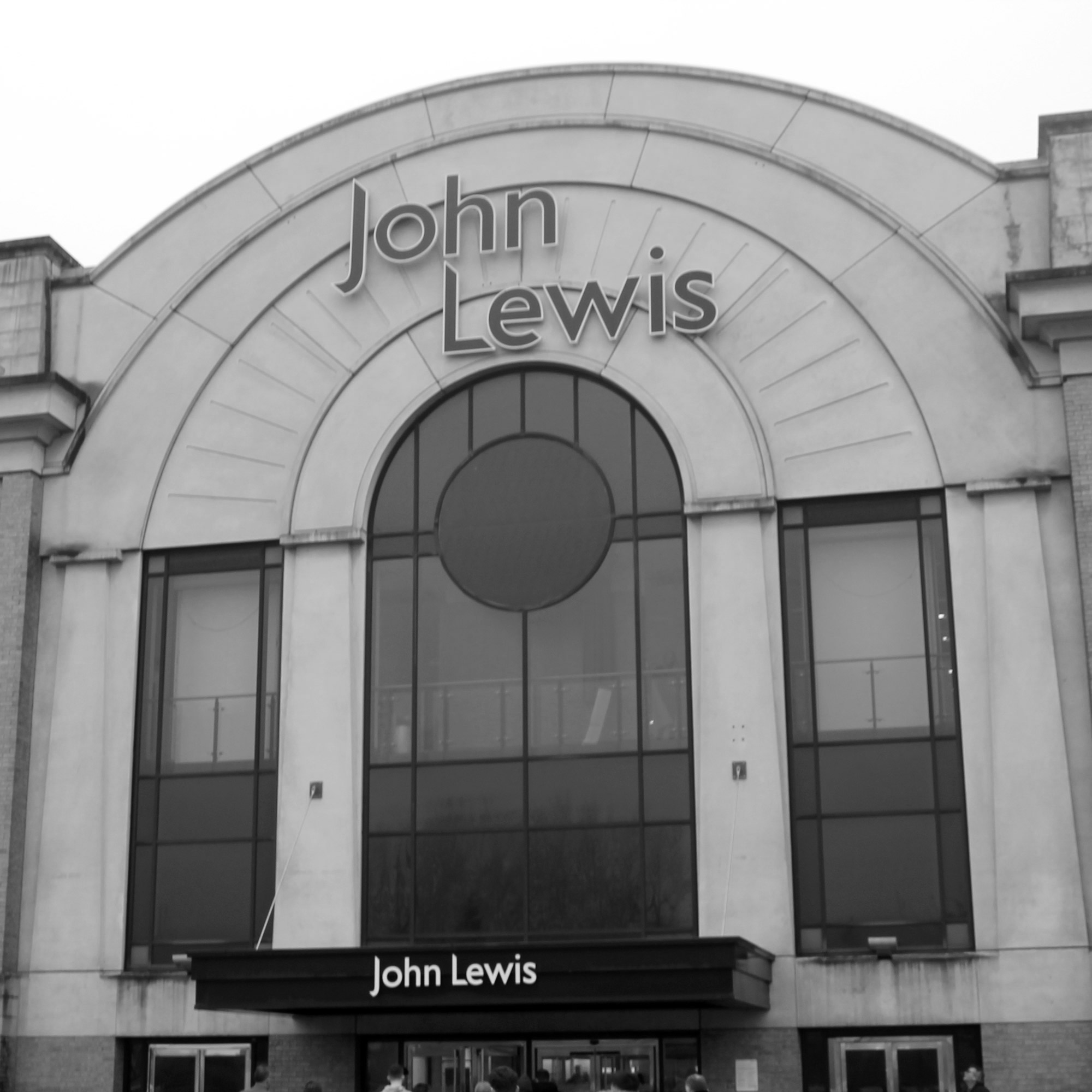 John-Lewis---Moz-The-Monster---Trafford-Building-BW.jpg