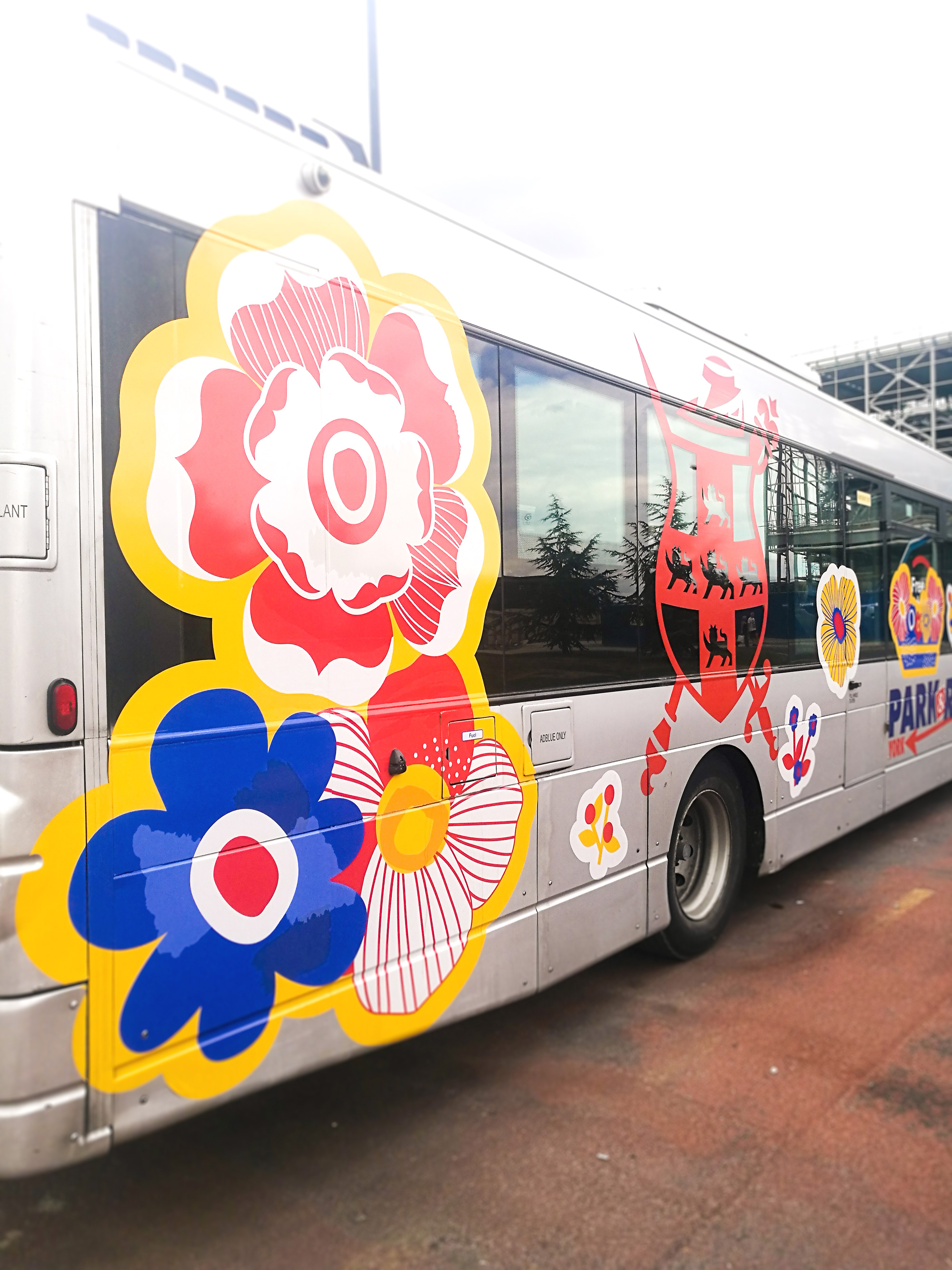 Bloom---First-Buses---Buttercrumble---05.jpg