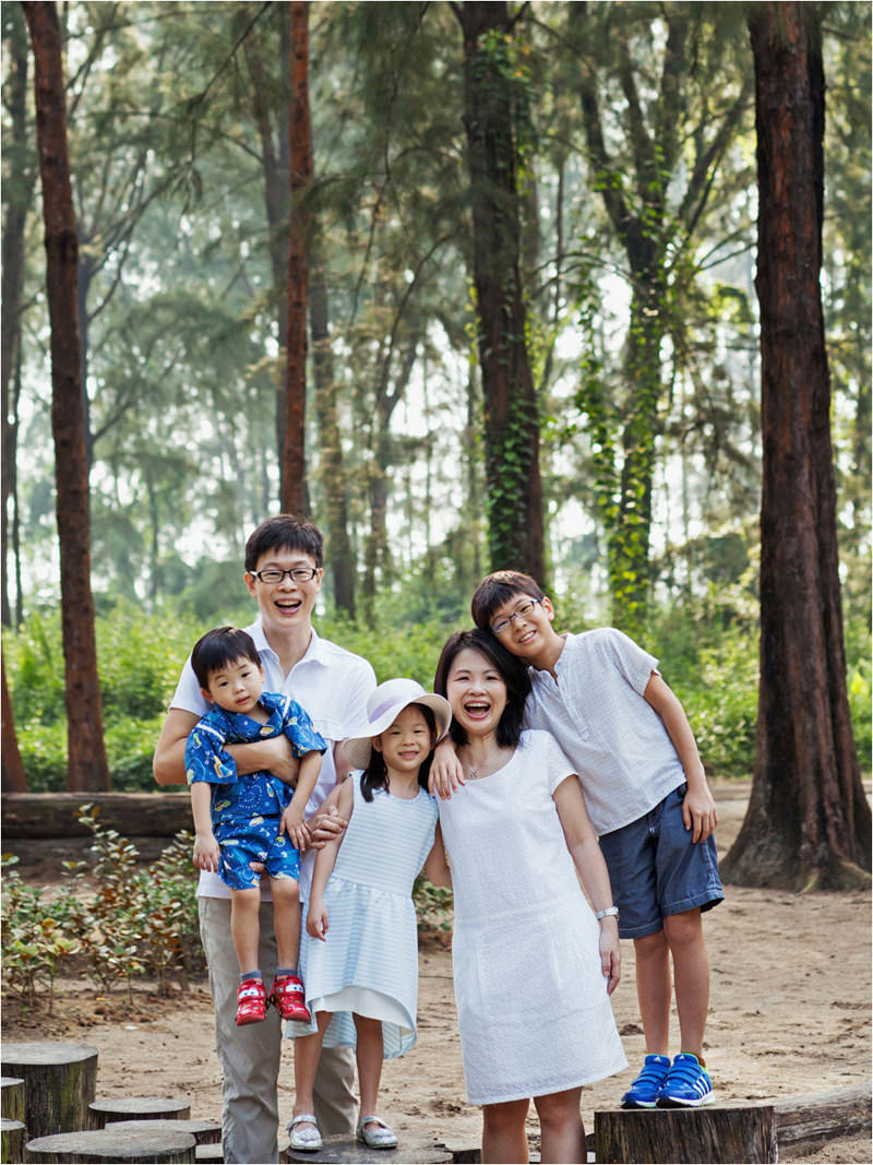 leongfamily_together002.jpg
