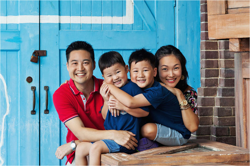 chowfamily_together001.jpg