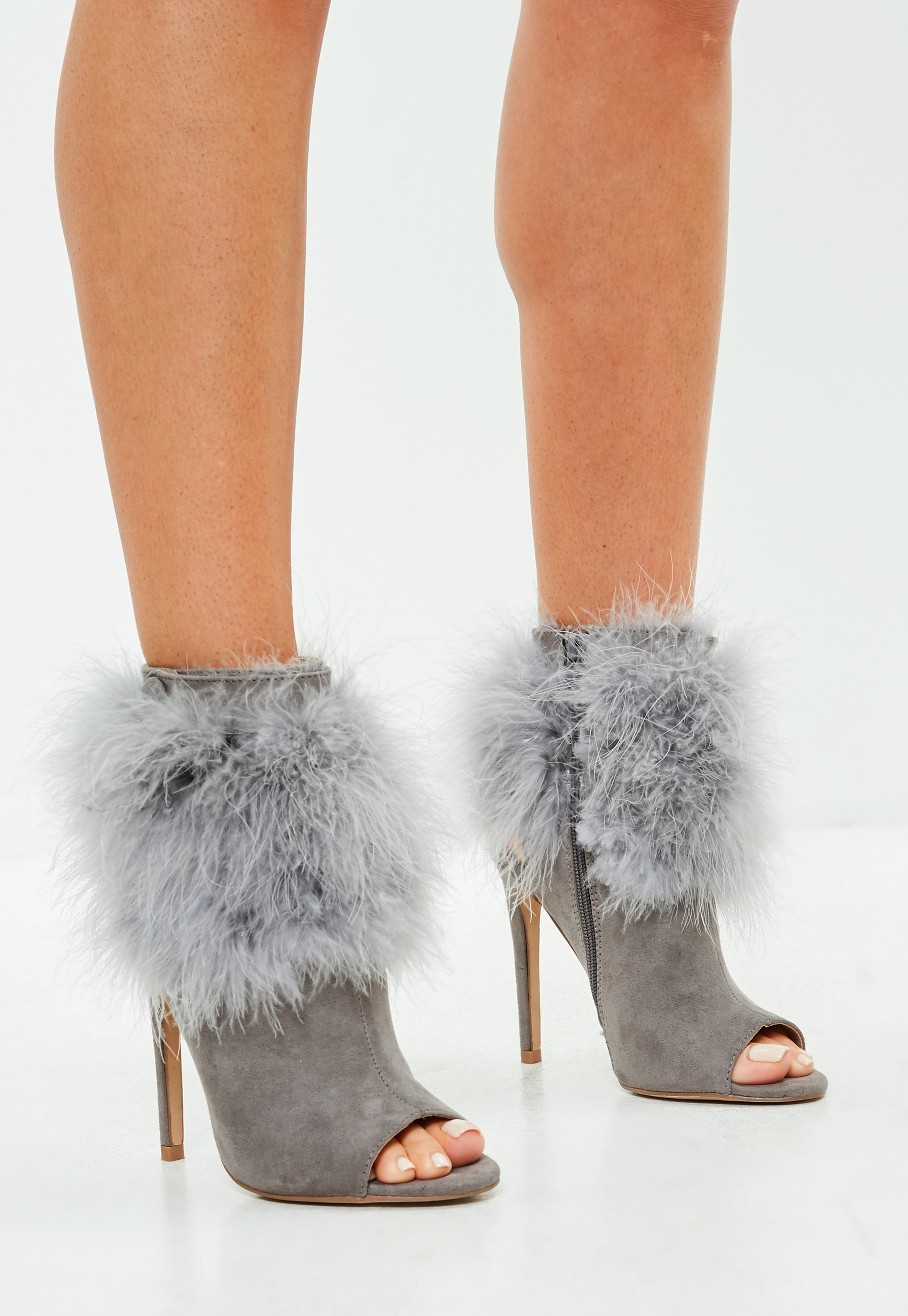 Feather trim boots
