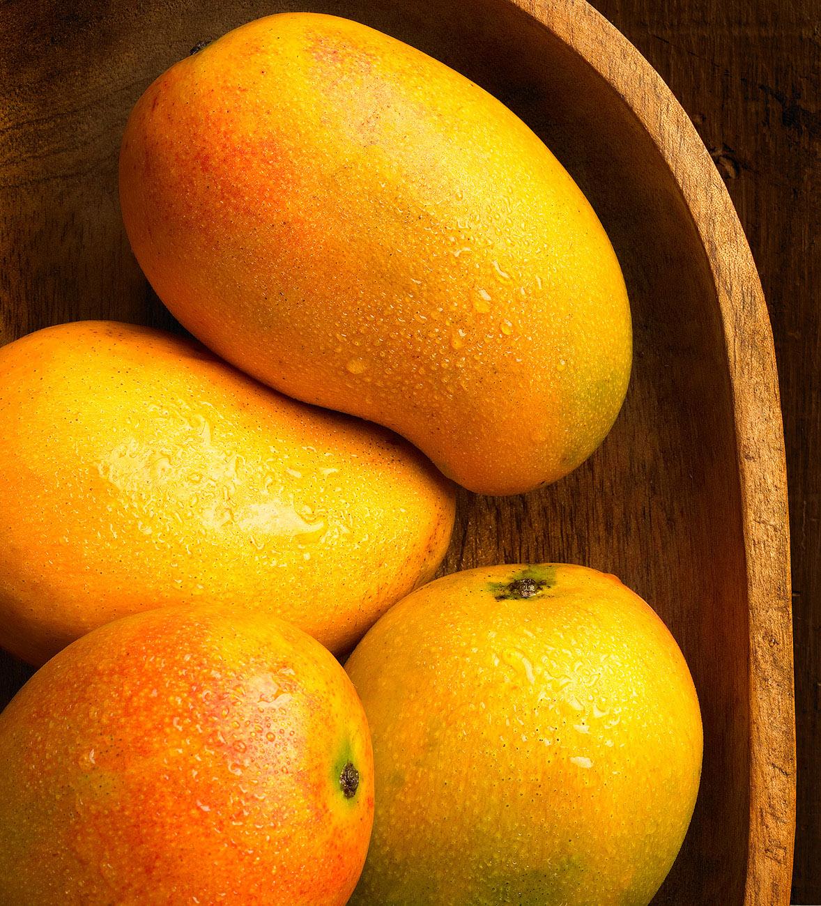 mangoe023.jpg