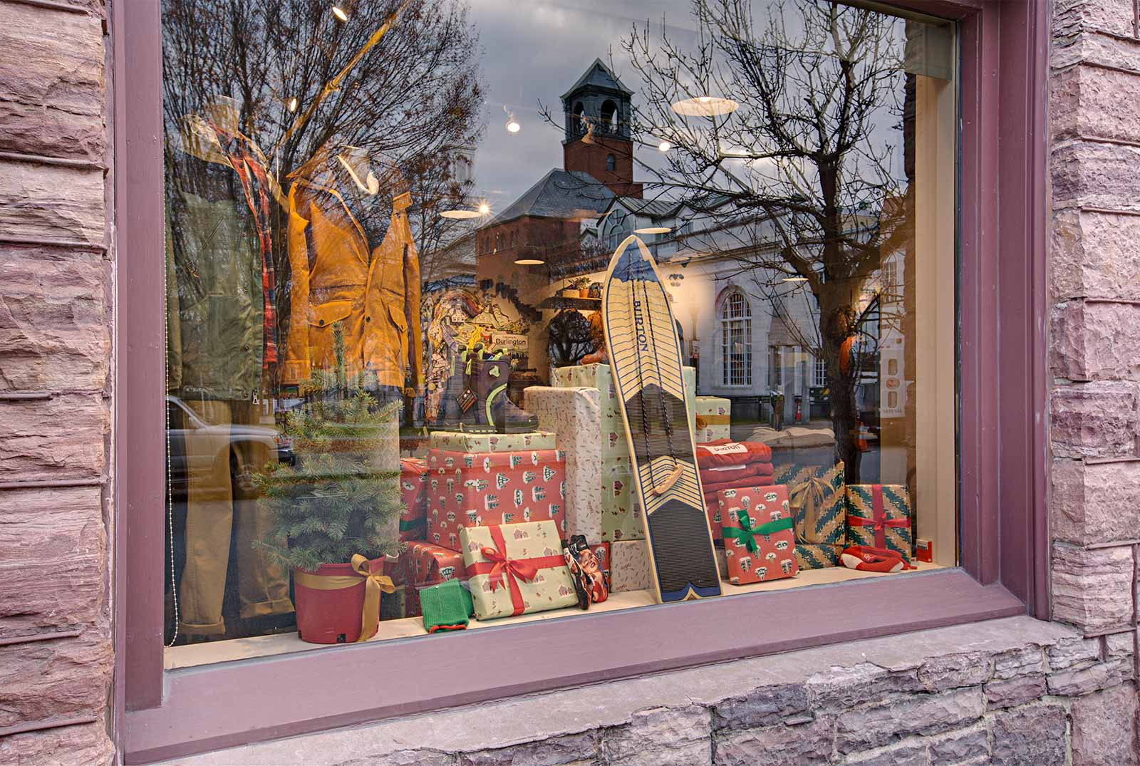 Burton-2016-Holiday-Window.jpg