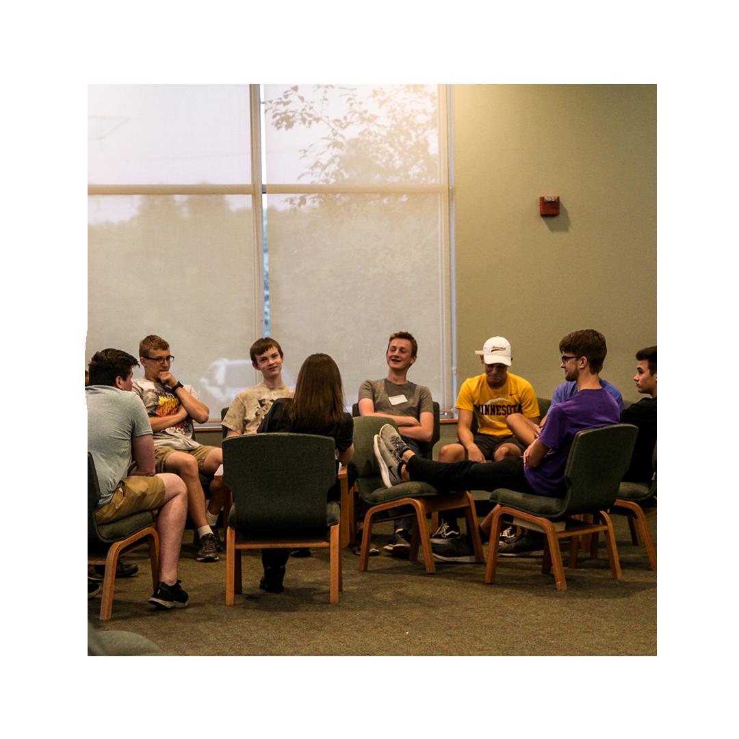 circles-STUDENTS-smallgroups2.png