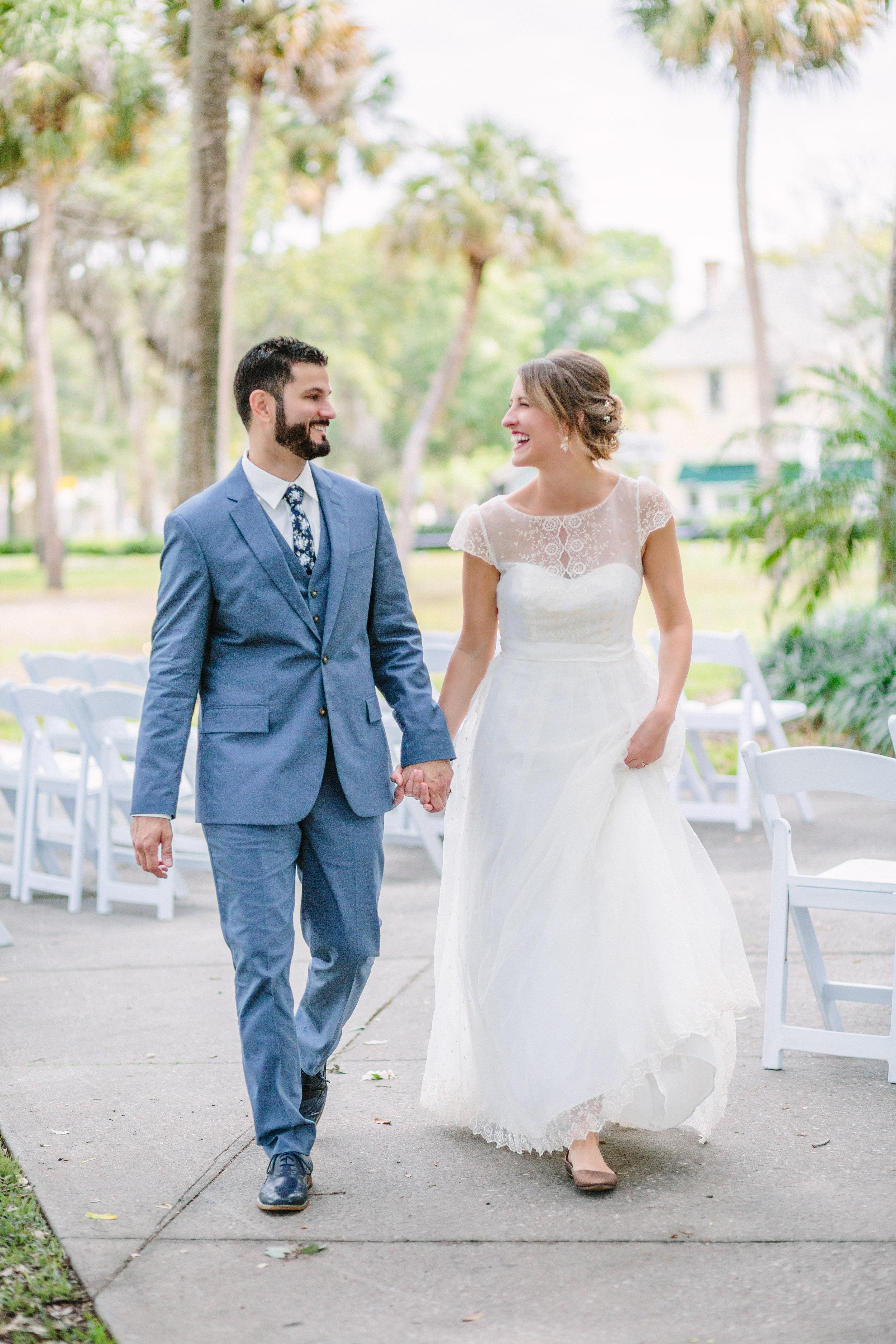 Outdoor wedding ceremony in clearwater Florida