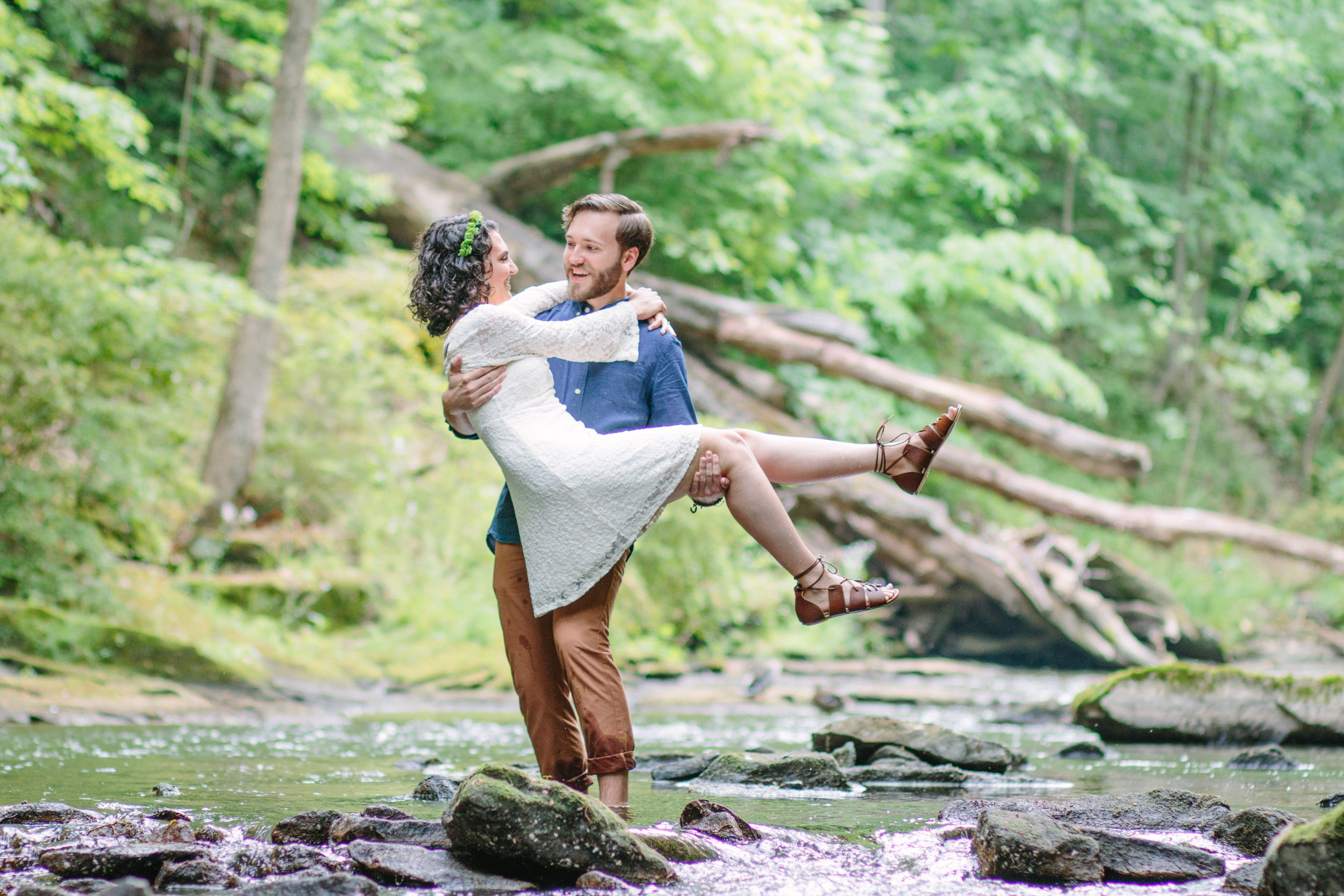 Michael and Marisa's Engagement Session by Youngstown Wedding Photographer Jessica Kae Photography in Mill Creek Park, Youngstown, OH