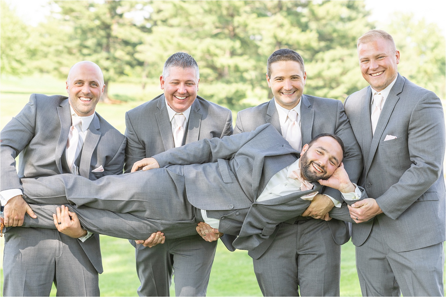 groomsmen photos at tippecanoe country club in canfield