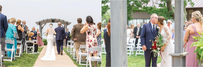 summer wedding at the vineyards at pine lake
