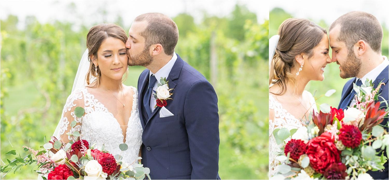 june wedding at the vineyards at pine lake in columbiana ohio