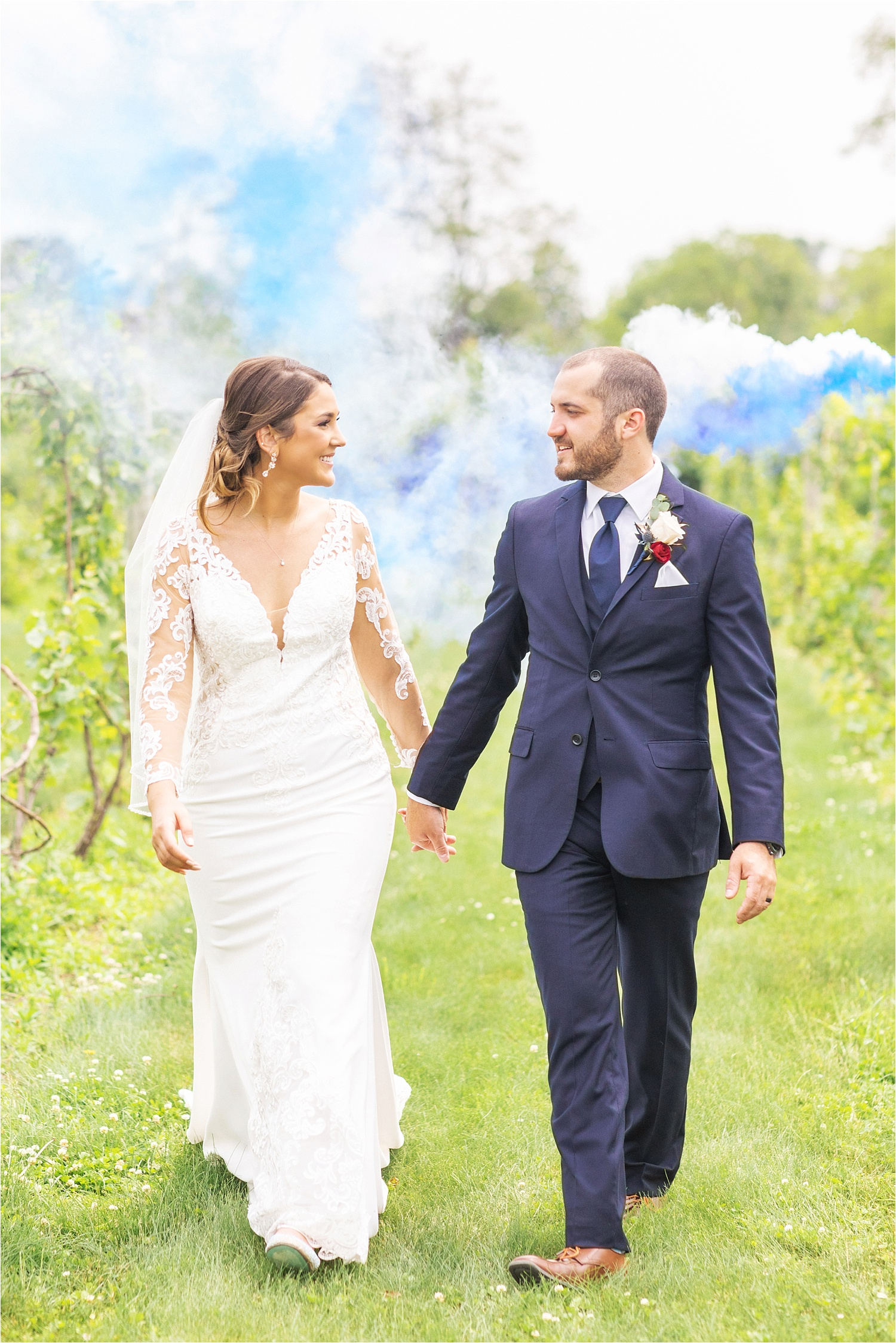 smoke bomb summer wedding at the vineyards at pine lake