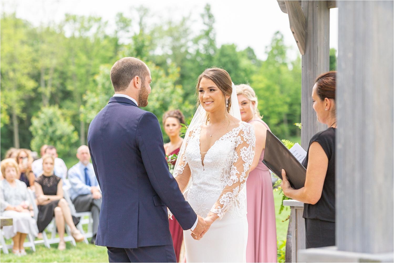 summer 2019 wedding at the vineyards at pine lake in ohio 2