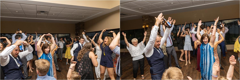 ohio dance at summer 2019 wedding at the vineyards at pine lake