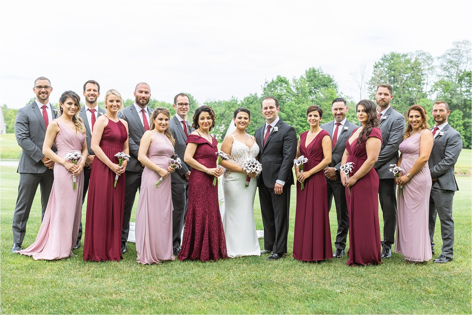 bridal party photo at signature of solon