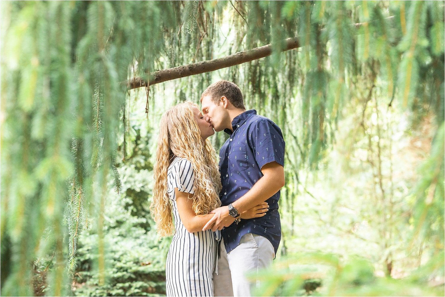 2019-08-13_0029.jpg light and airy fine art engagement photos at fellows riverside gardens in july 2019
