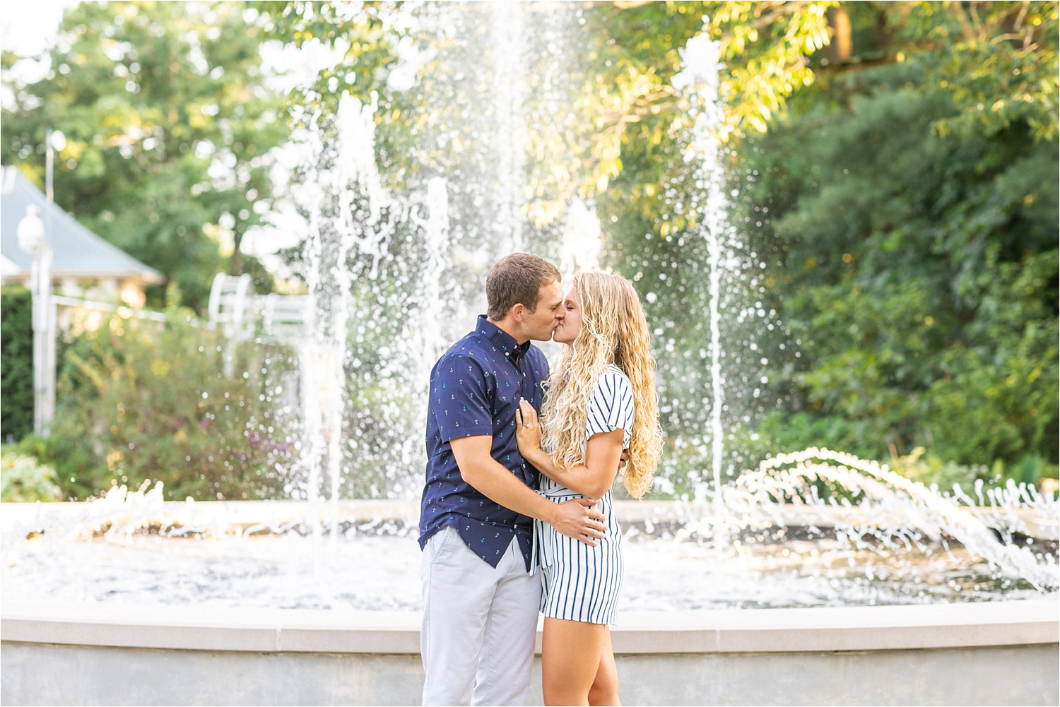 beautiful fine art light and airy engagement photos at fellows riverside gardens in july 2019