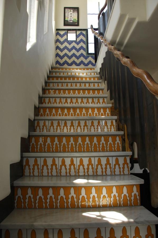 Stair-Yellow-1.jpg