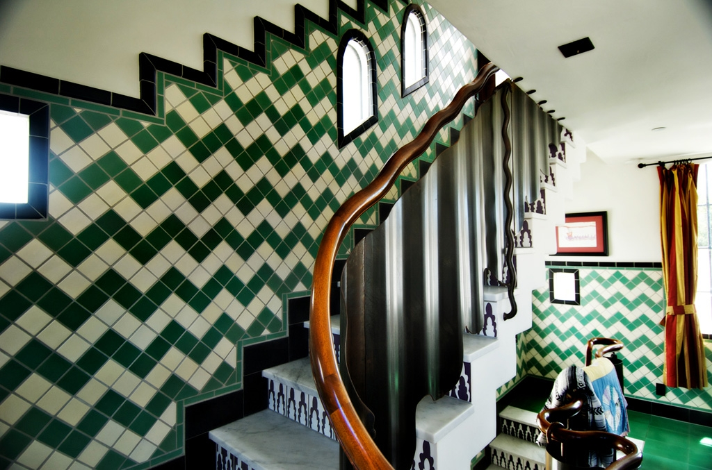 Lounge-stair-1.jpg