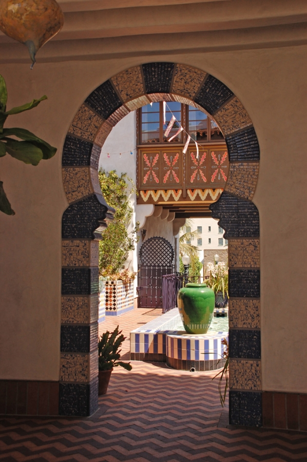 El-Andaluz_Exterior1009.jpg