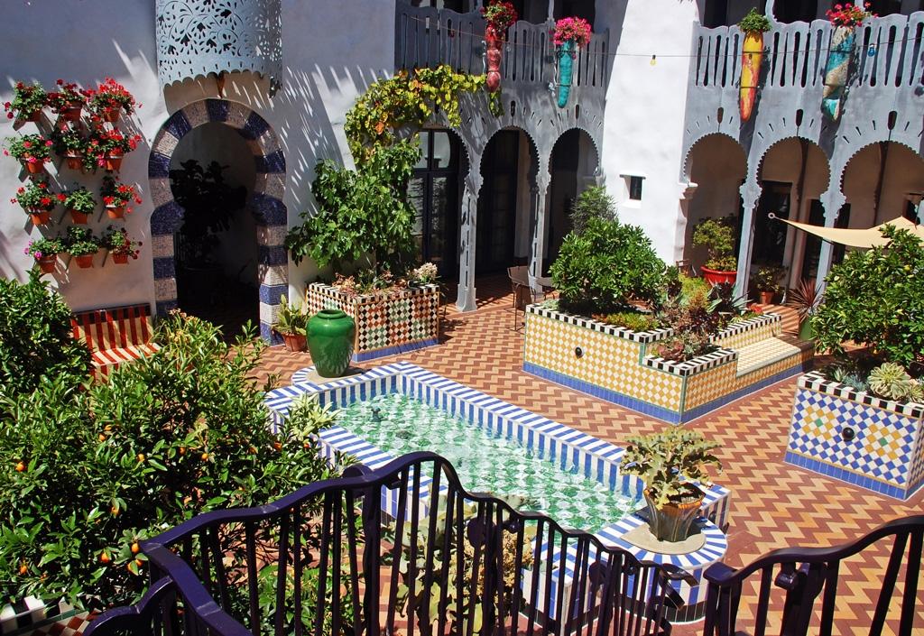 El-Andaluz_Exterior1024.jpg