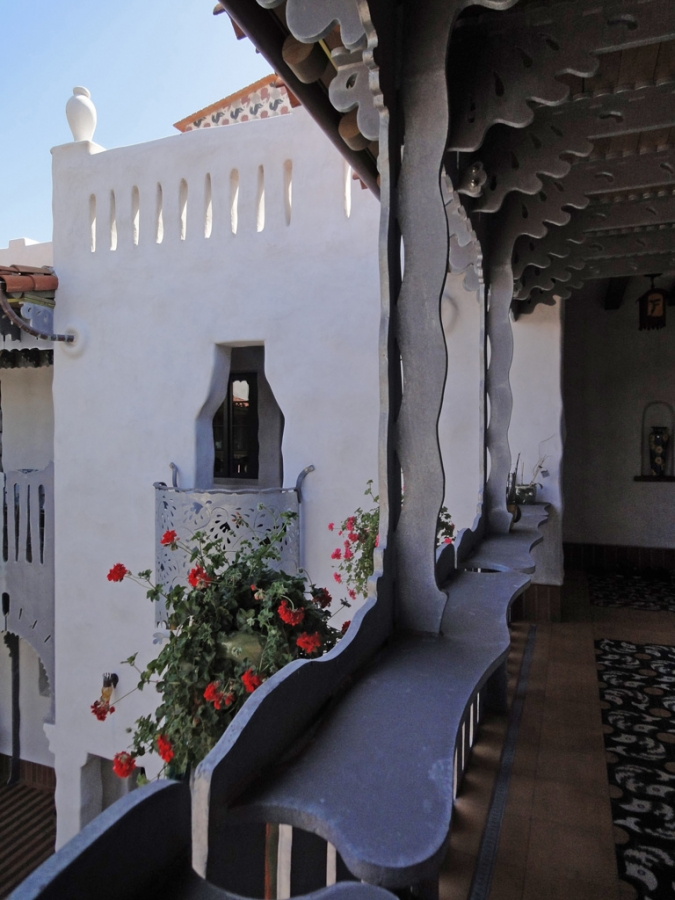 El-Andaluz_Exterior1041.jpg