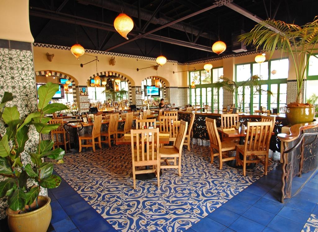 Casa-Blanca-Restaurant_Interior1111.jpg