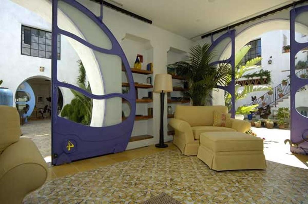 Cota-Street-Studios_Interior1507.jpg
