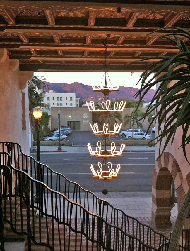 El-Andaluz-neon.jpg