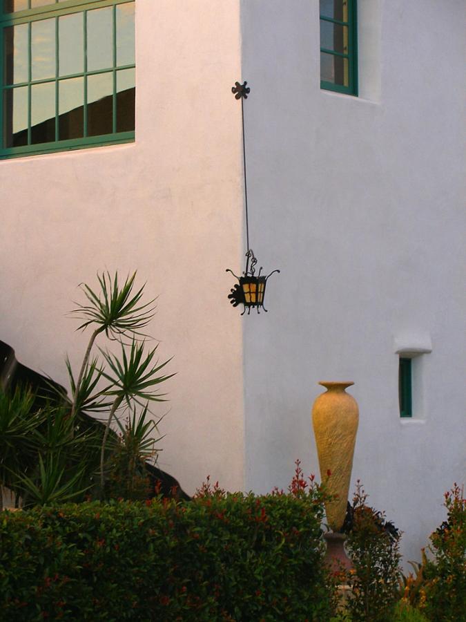 Small-Cow-House_Exterior1014.jpg