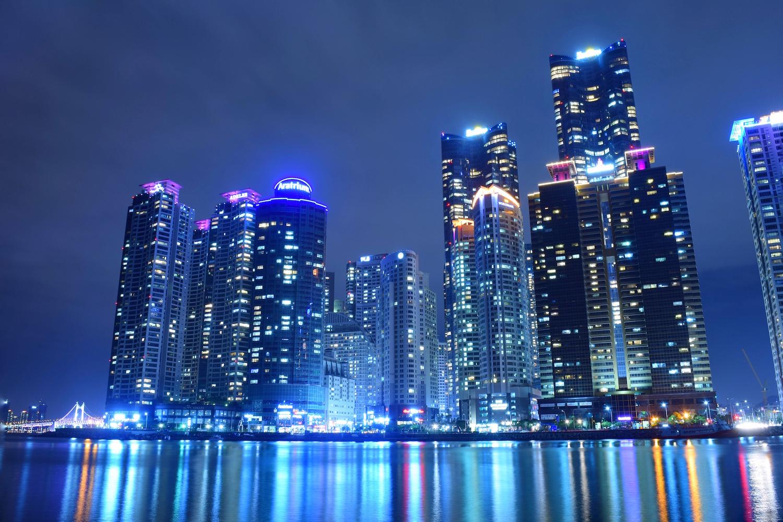busan-night-marine-city.JPG
