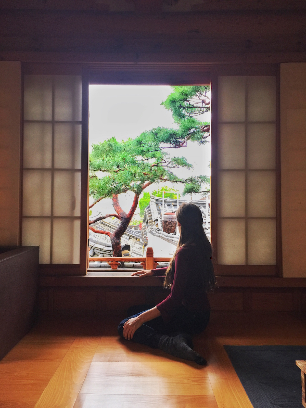 How to fight homesickness while traveling - 5 easy tips - http://travelwheretonext.com
