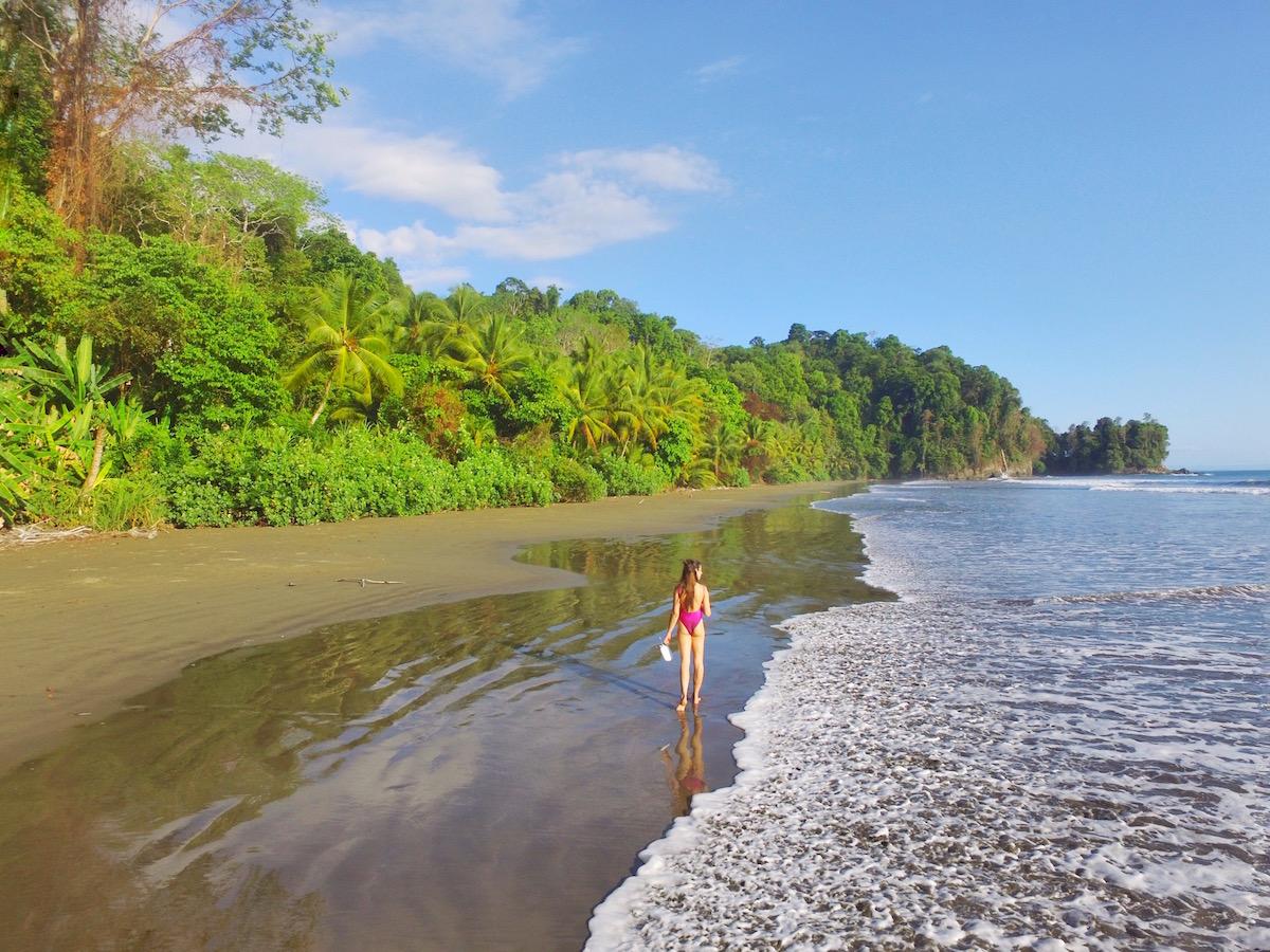 Costa-Rica-beaches-Uvita.jpg