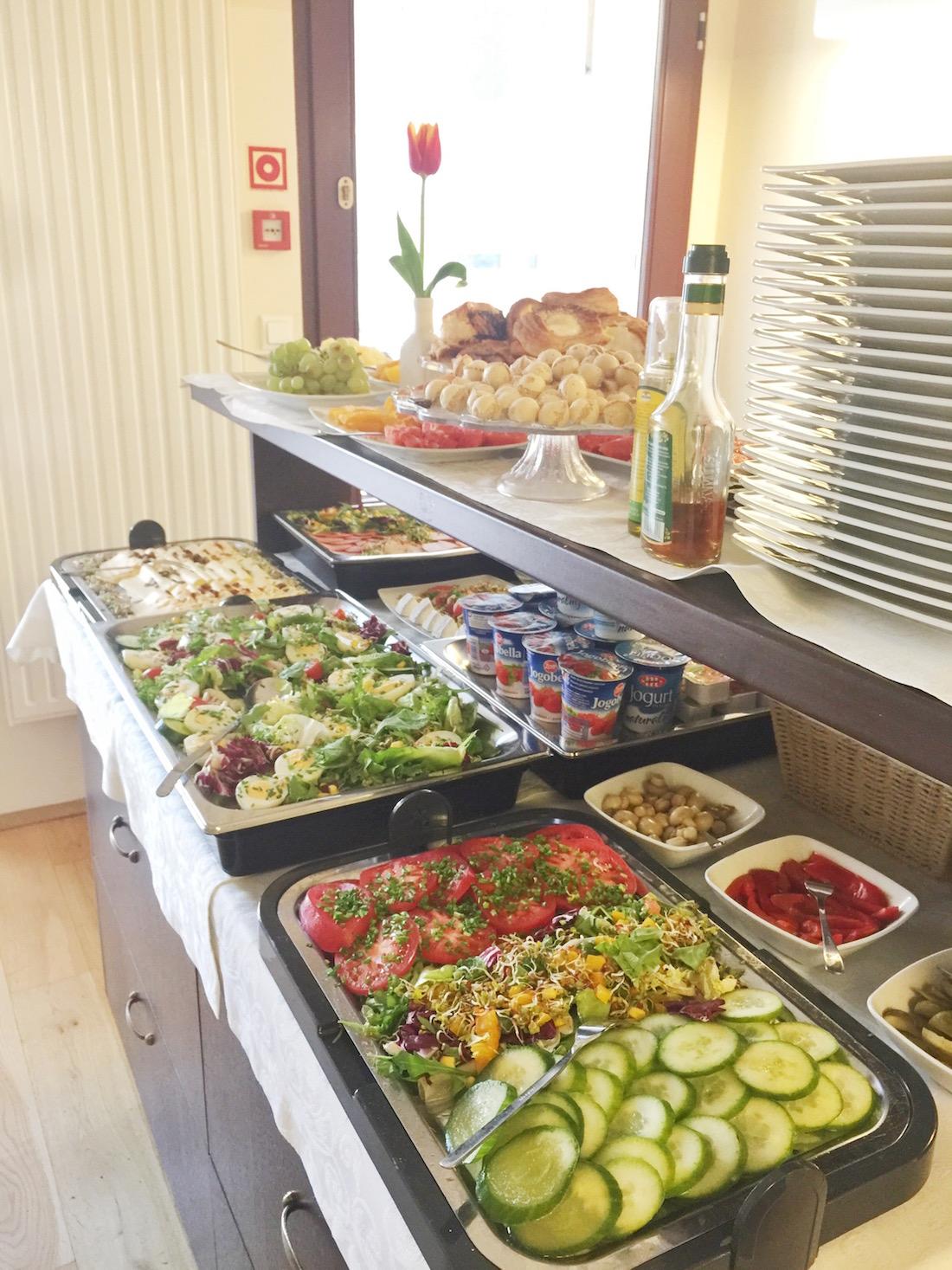 Breakfast Buffet Hotel Santi