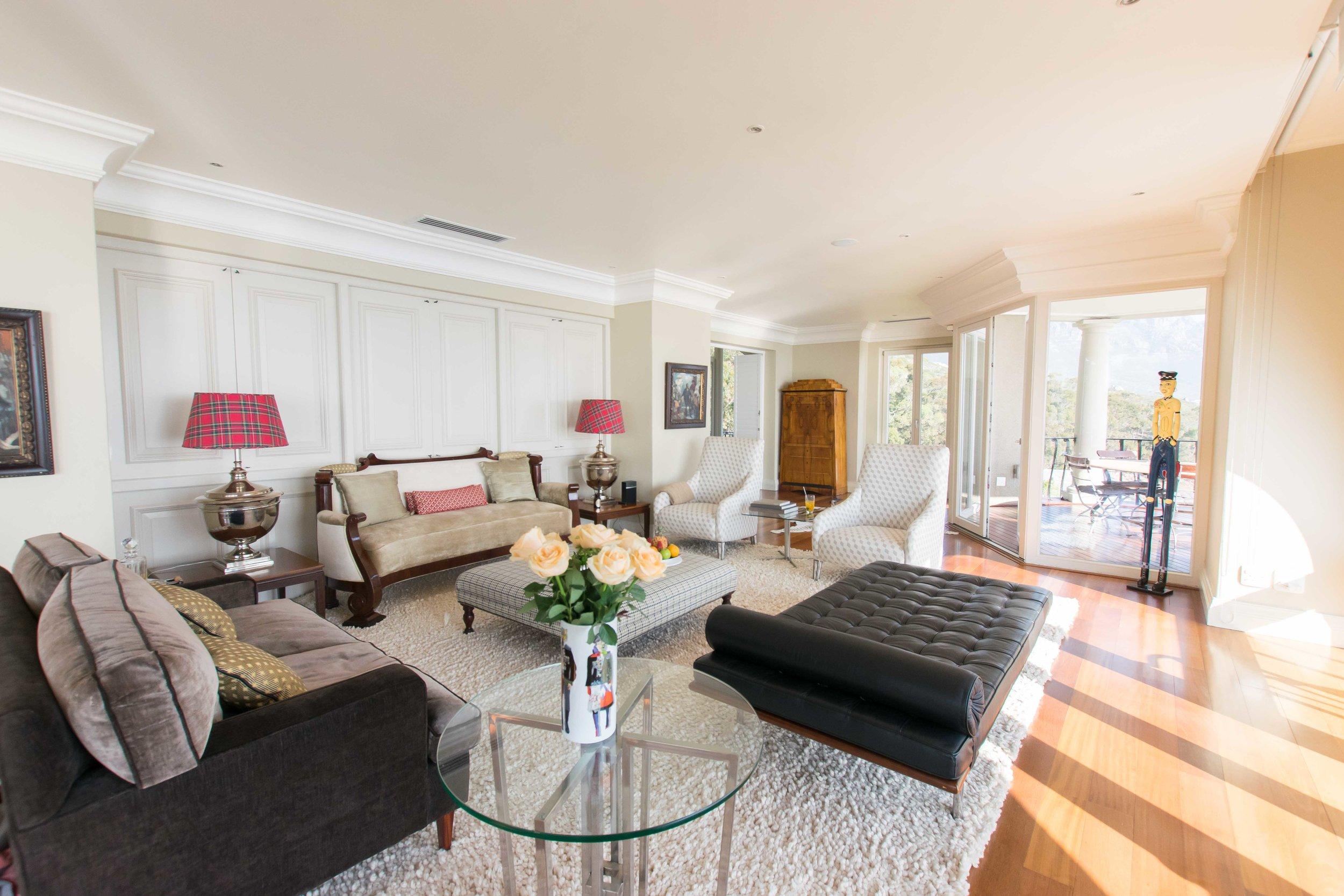 Living room at 21 Nettleton