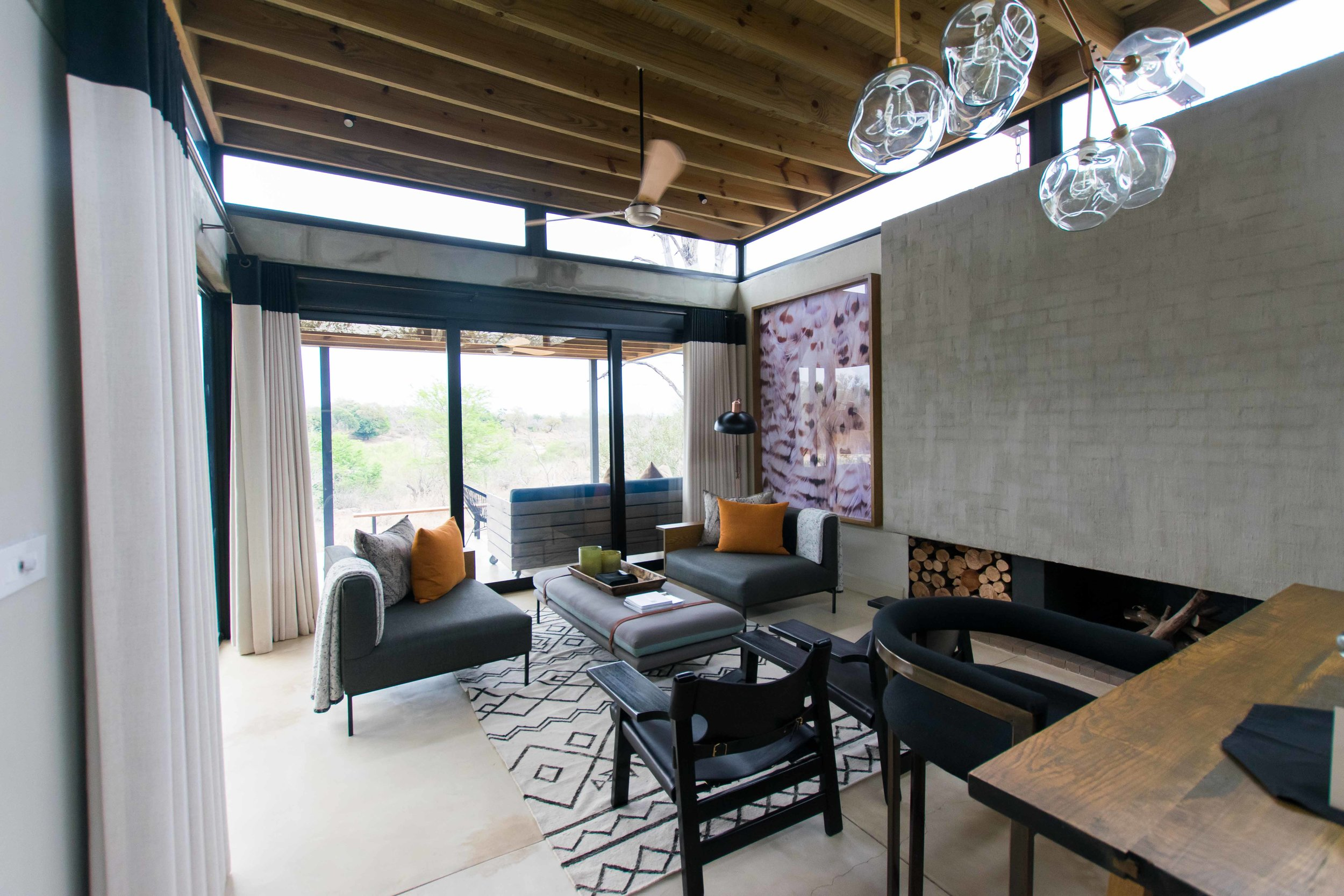 Living area at Lion Sands Ivory Lodge