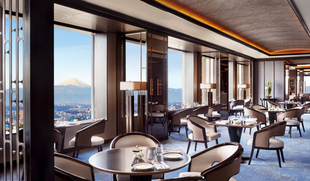 Club level lounge at The Ritz-Carlton Tokyo