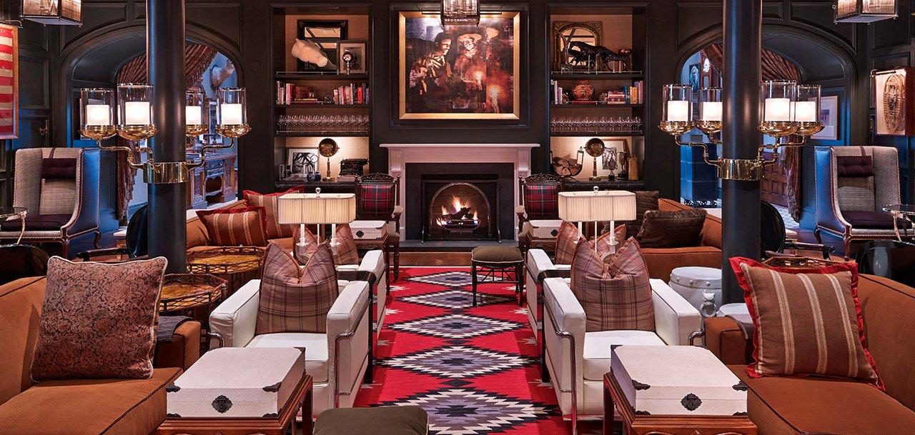 Hotel Jerome Living Room Bar