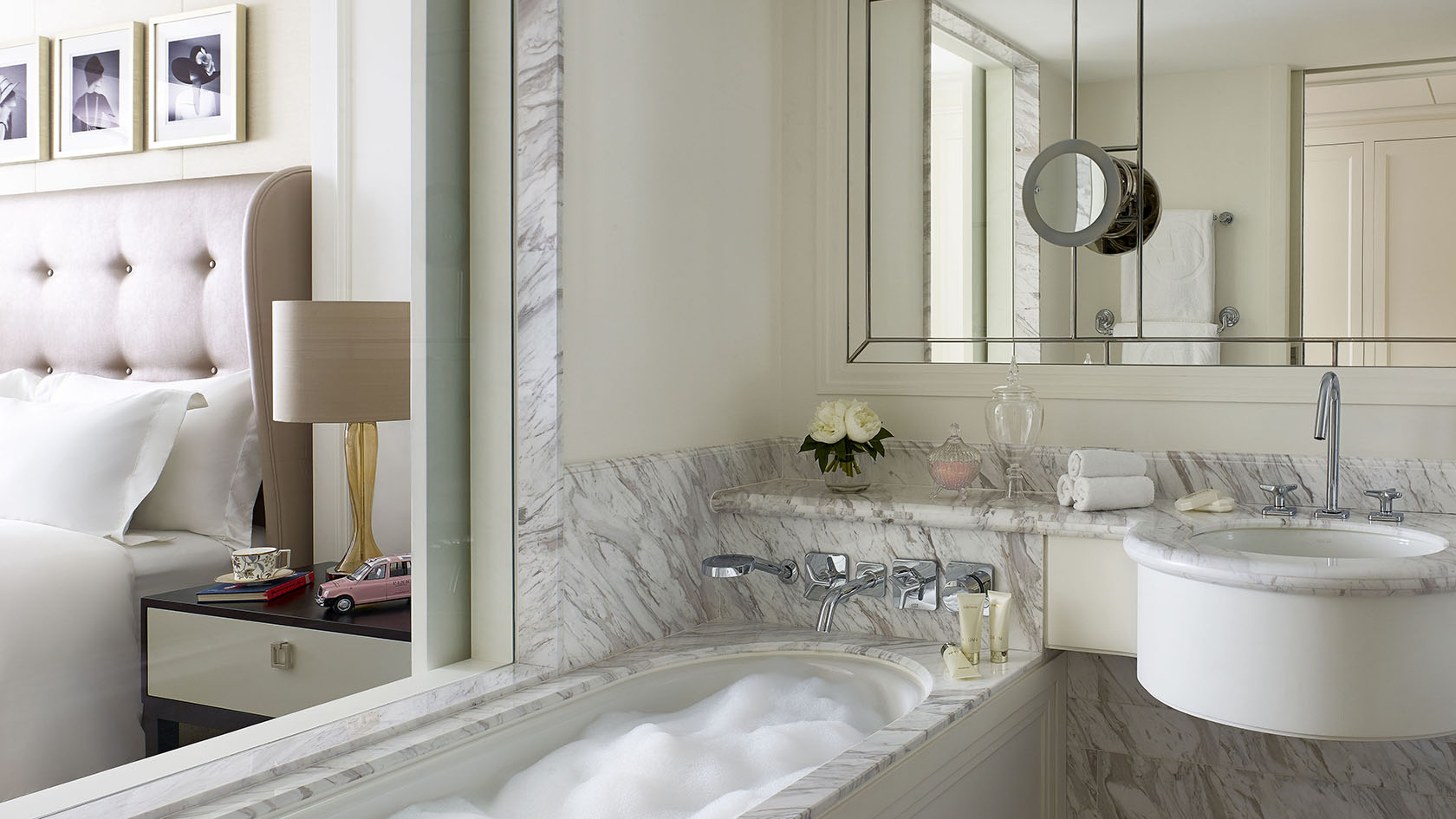 Bathroom in a standard room at the Langham