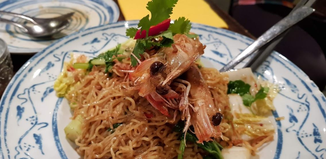 Cheap food is delicious at Chat Thai