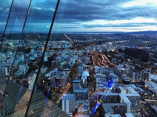 ✨🗼🇳🇿 #auckland #aucklandskytower #towonderistowander #newzealand #ilovenz #cityscape #cityview #citybynight • • • • • • • • #passportonpoint #traveladdict #travelergirl #wanderess #travelpic #travelawesome #seetheworld #wanderlust #wander #lovetotravel #adventure #travelphotography #travelinspiration #travel #traveling #vacation #instatravel #instago #holiday #instapassport #instatraveling #travelgram