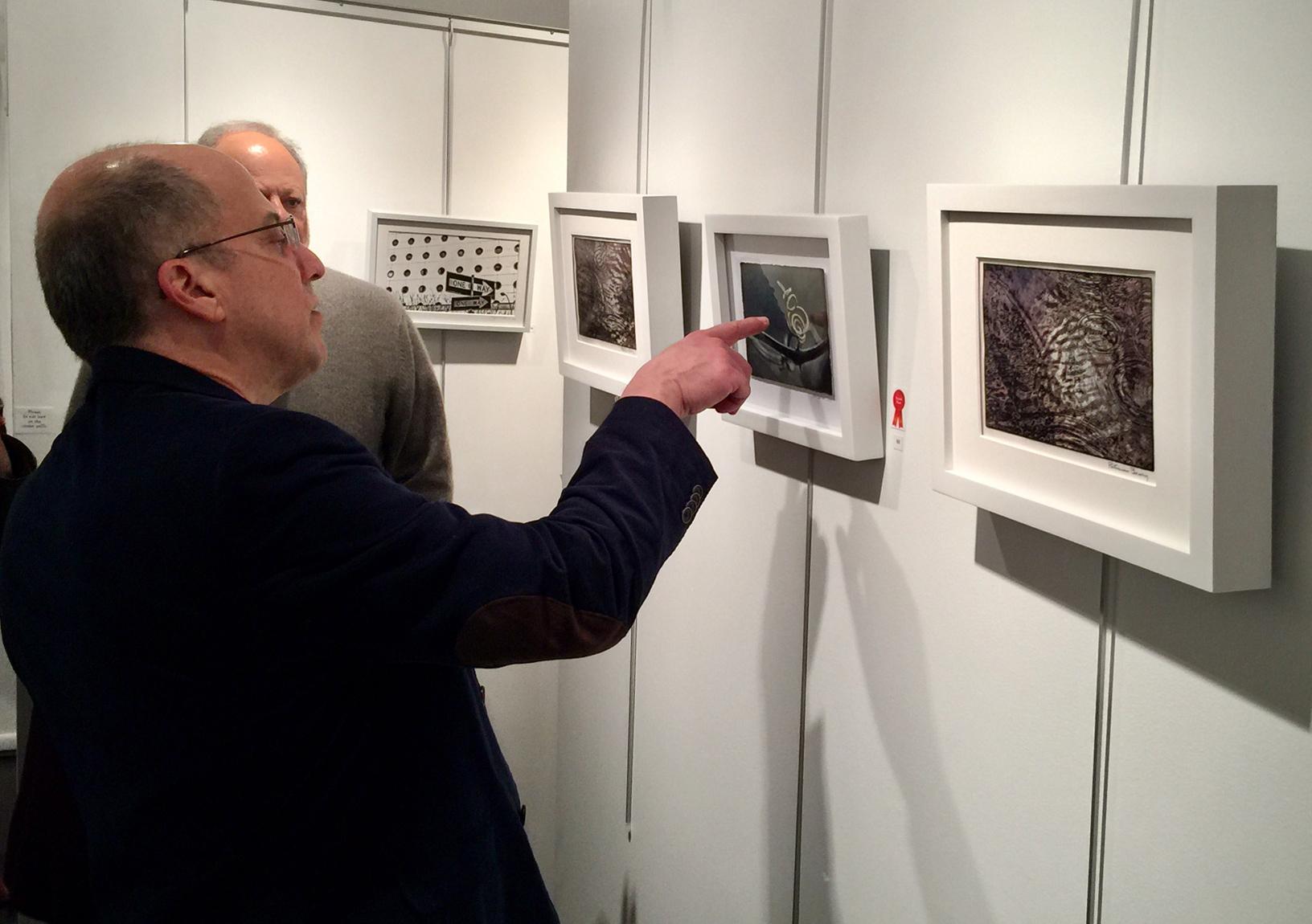 Guest enjoying Lois Youman's work