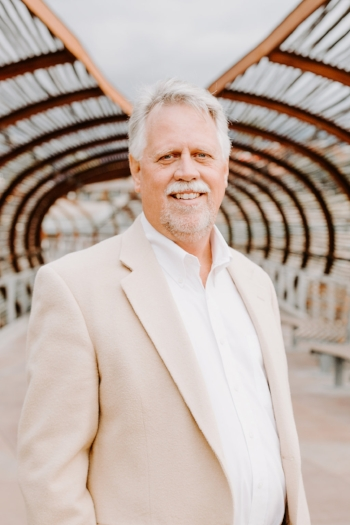 Kevin Kelley  CEO K.M. Kelley & Associates  www.kmkelley.com