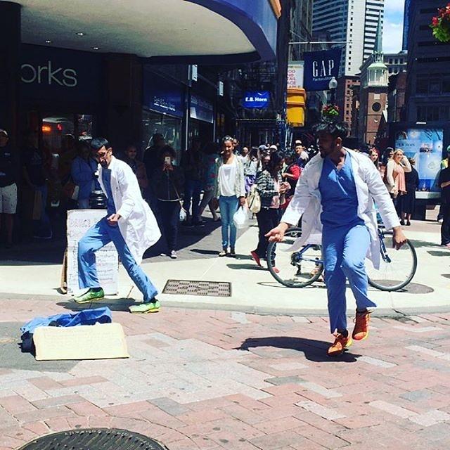 Day 62: $192 (street total $17,950)! Dancing with my bro! #doctorbedancing #dancedonate #dancingdoctor
