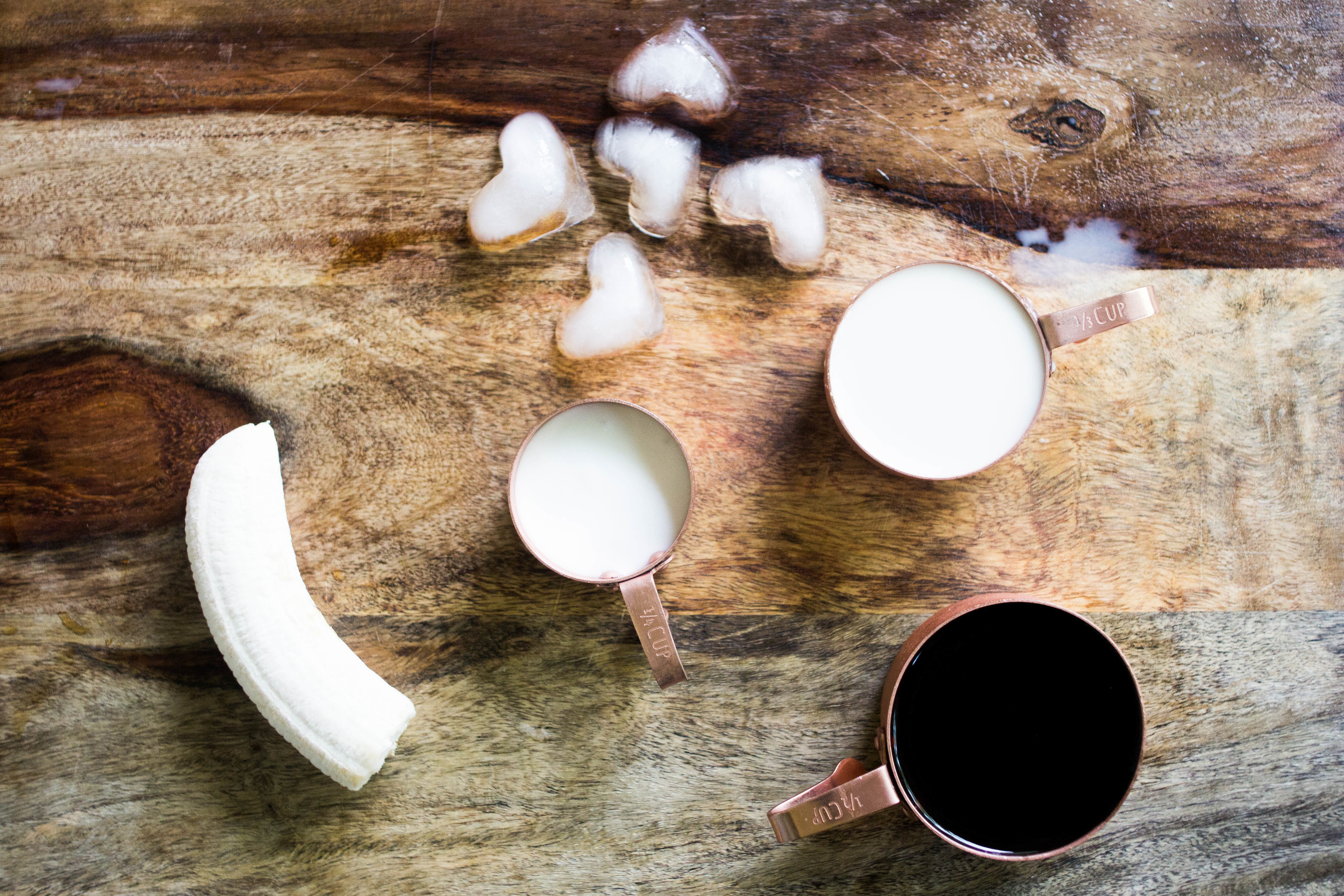 Gluten-Free Sugar-Free Paleo Coffee Frapp | All the Delights