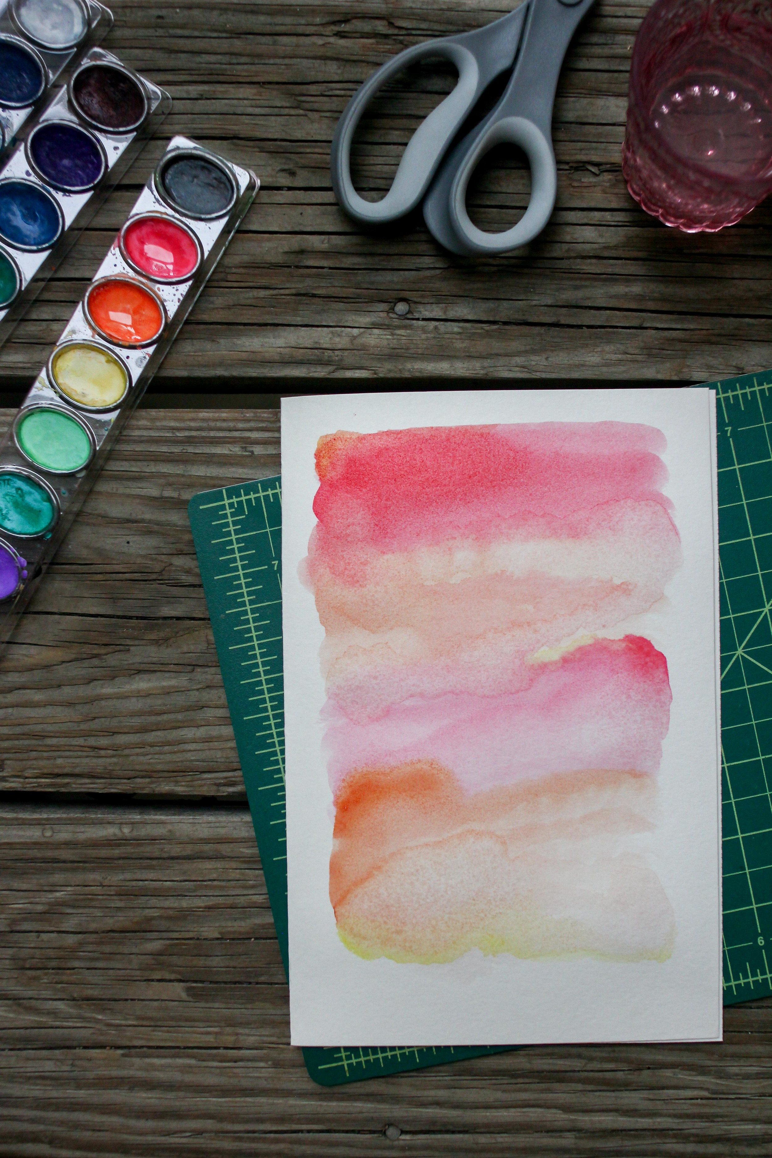 1 Hour DIY: Watercolor Journal | All the Delights