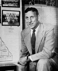 John Wooden was old fashioned. That is a good thing.By Associated Students, University of California, Los Angeles [Public domain], via Wikimedia Commons