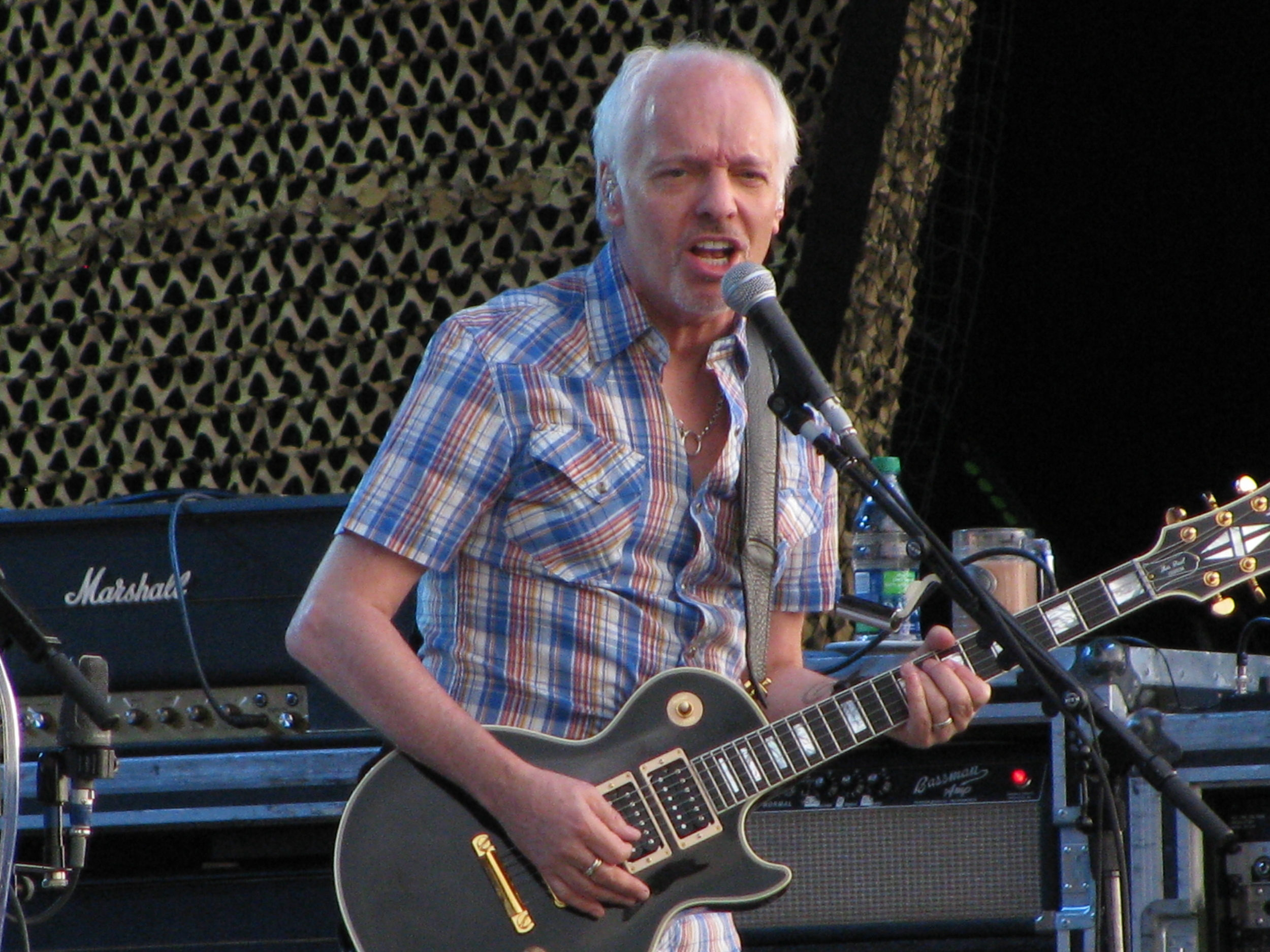 Do you recognize him without the golden, flowing locks? Frampton  still has it . Photo By ceedub13 via  Wikimedia Commons