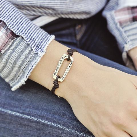 b411_bracelet_bethechange-2_ic.jpeg