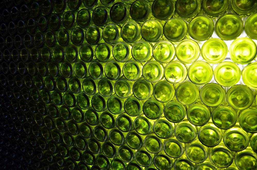HOM_Glass_Bottle_Green_5.jpg