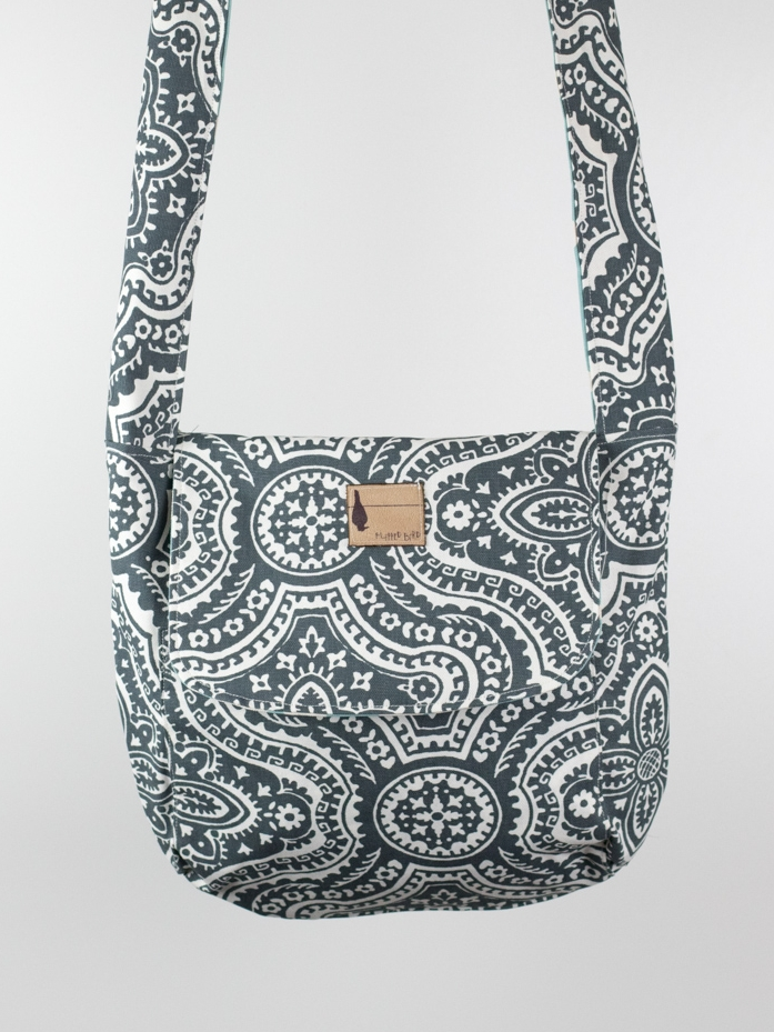 SEA SHORE MESSENGER BAG  $56