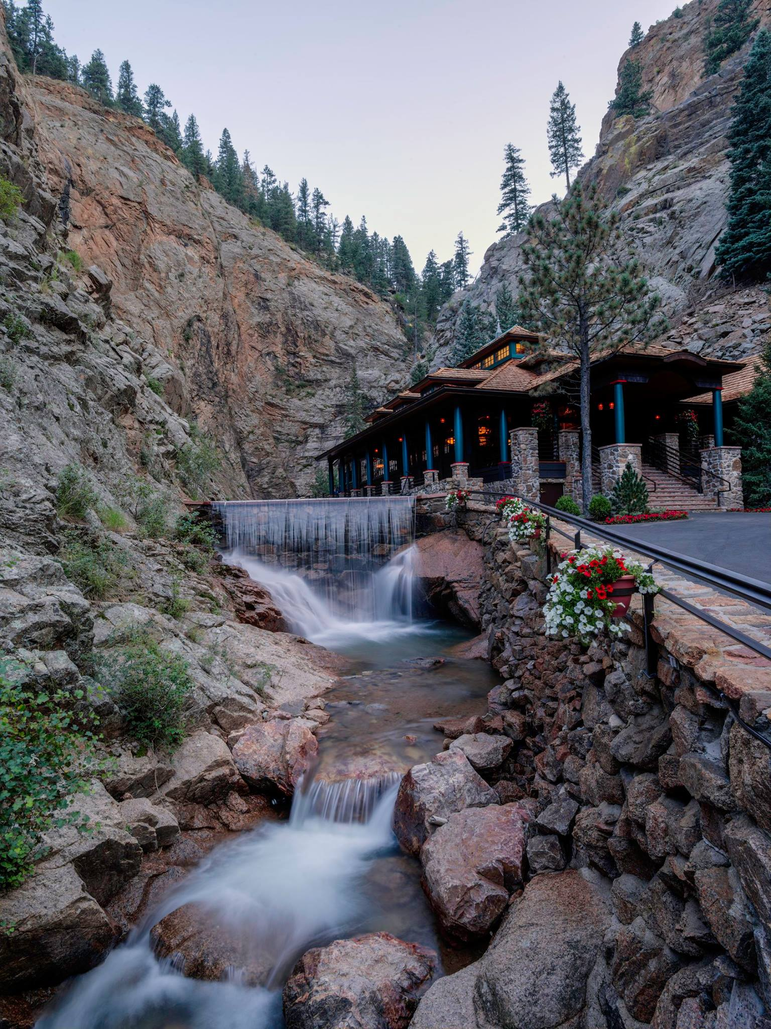 PC The Broadmoor Seven Falls.jpg